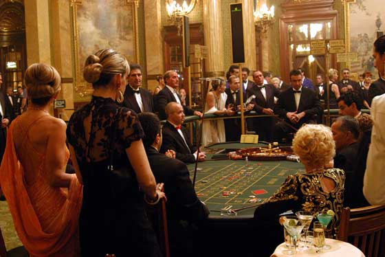 Casino Monte Carlo roulette table
